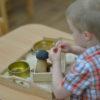 Pomozte dítěti, aby to dokázalo samo aneb co to je Montessori?